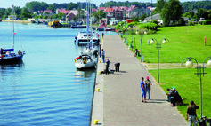 WOLIN The harbour and town harf